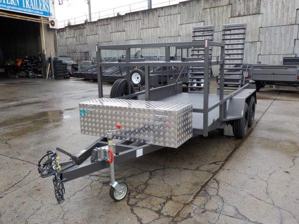 3300 x 1600 Stump Grinder 3000kgs 4
