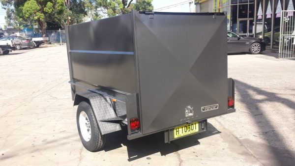 6 x 4 x 4 Enclosed with Rear Door Only