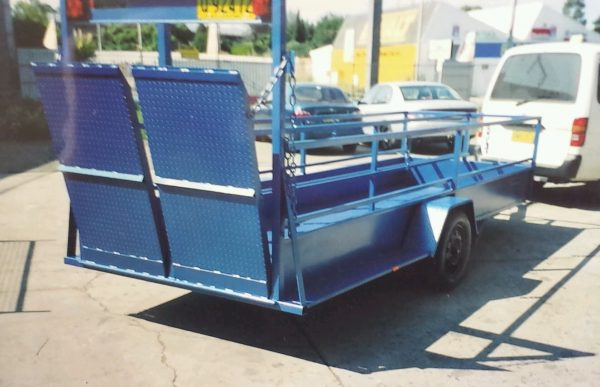 Boxed In Shopping Trolley Trailer