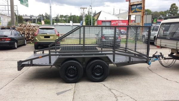 Car Trailer with Cage 2